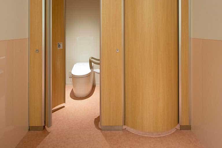 社務所トイレ
